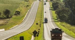 Movimento nas estradas deve crescer 25% nos Campos Gerais no feriado