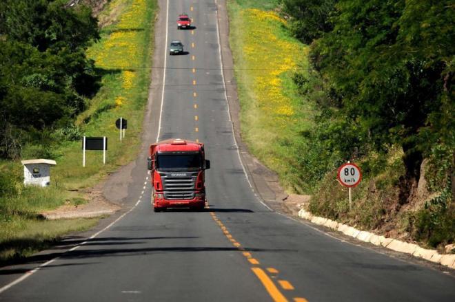 caminhoes rodovias