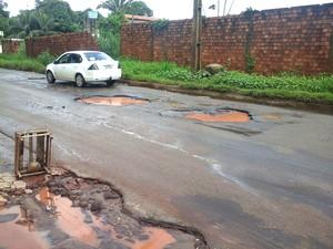 Rodovia Estadual MA-202 está tomada por buracos - Foto: Alessandra Rodrigues- Mirante Am