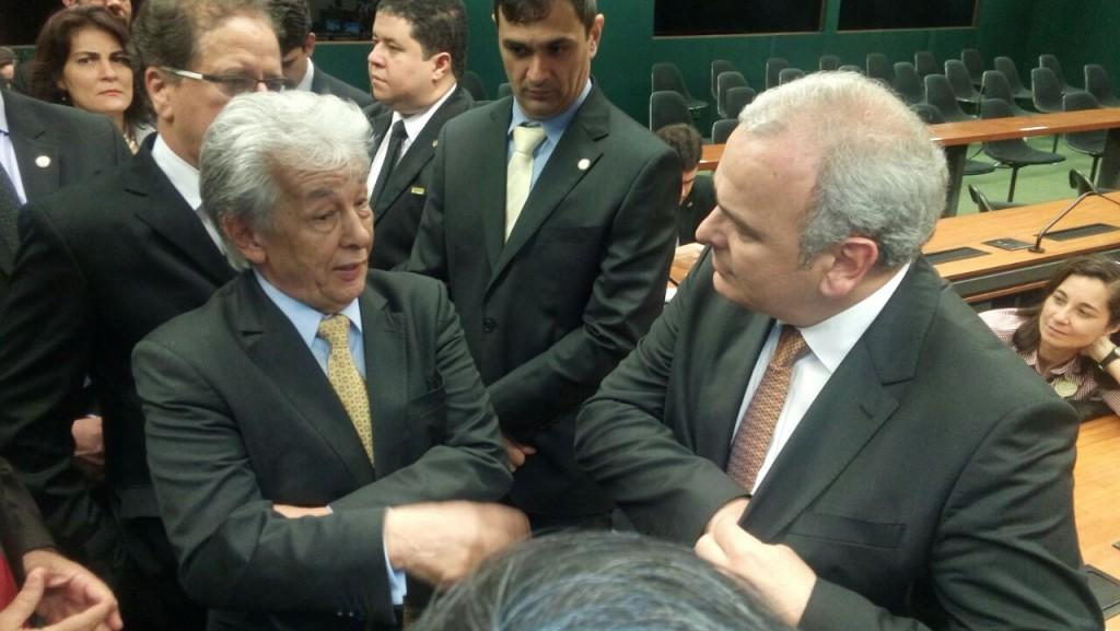 China e o presidente da Comissão Especial do Projeto de Lei 5864, Deputado Federal Júlio Delgado (PSB-MG)