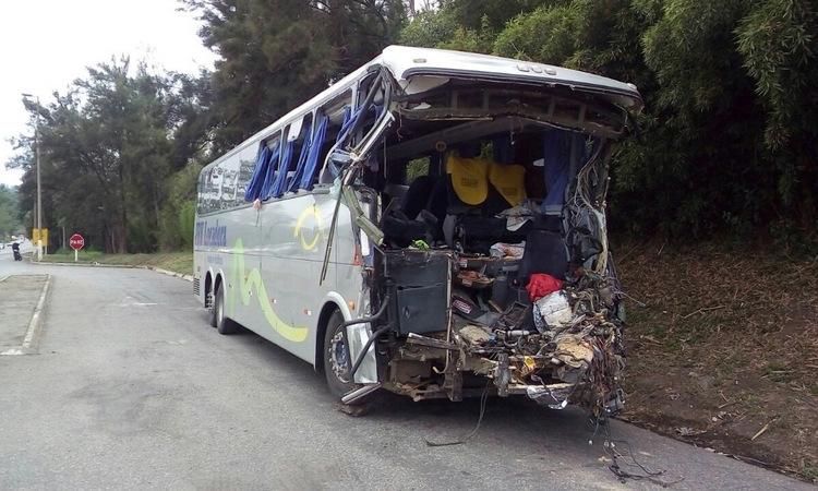 CREDITO: DIVULGACAO BOMBEIROS - ACIDENTE BR040