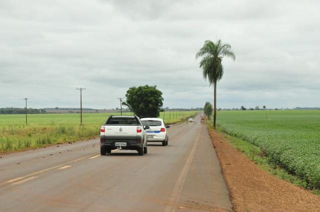 Motoristas reclamam da falta de sinalização - foto Hédio Fazan.jpg
