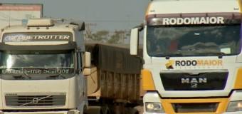 'Você dorme de olho aberto', diz caminhoneiro sobre uso do rebite em estradas do ES