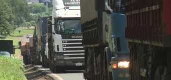 Paralisação de auditores fiscais prejudica vida dos caminhoneiros