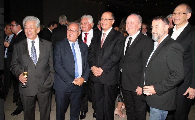 Participantes do seminário com ex-governador Alckmin