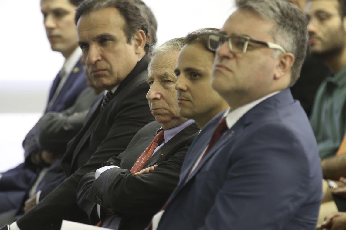 O presidente da FIA, Jean Todt e o piloto Felipe Massa duramnte cerimônia de 20 Anos do Código de Trânsito Brasileiro e da Década de Ações para Segurança no Trânsito.