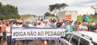 Alckmin recebe prefeitos da região e deve anunciar fim de pedágios