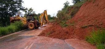 Minas Gerais tem ao menos 70 trechos de estradas com problemas por causa da chuva