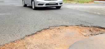 Veja 7 dicas para quem transita em ruas e estradas com buracos