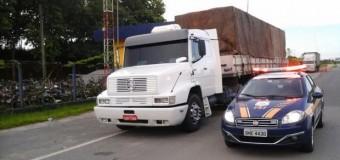 Caminhão que furou 137 pedágios entre SP e PR é retido