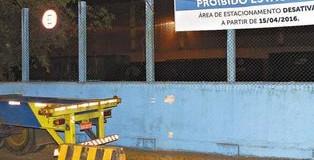 Caminhoneiros deixam vagas da Av. Mário Covas
