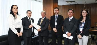 Unicam apresenta reivindicações do setor ao Ministro do Trabalho