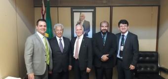 China é recebido pelo Dep. Federal Gilberto Nascimento, com dirigentes da PRF