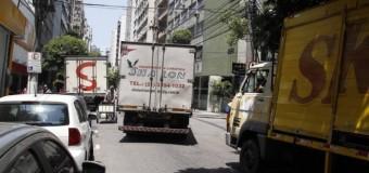 Prefeitura muda decisão sobre restrições de caminhões no Rio