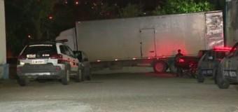GM encontra cargas e caminhões roubados em uma transportadora