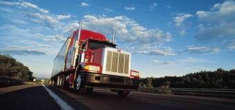 Ação da Ecovias na Anchieta atende a 200 caminhoneiros