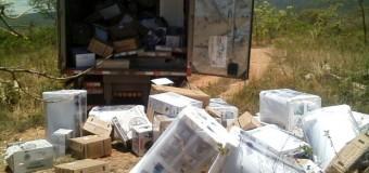 Caminhões com eletrodomésticos são encontrados em Buenópolis