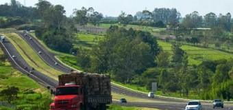 SP: Retorno de feriado movimenta as principais estradas da região do Vale do Paraíba