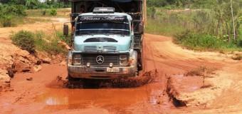 Rodovias esburacadas provocam perdas de mais de R$ 2 milhões mensais para produtores