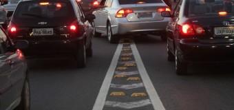 Comportamento dos condutores ajuda a deixar trânsito ainda mais sobrecarregado