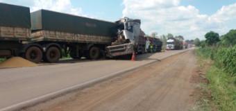 Caminhoneiro morre em acidente em MT