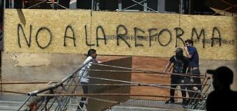 Caminhoneiros da Argentina bloqueiam ruas contra reformas
