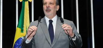 Armando Monteiro destaca vocação de Pernambuco para logística e transporte