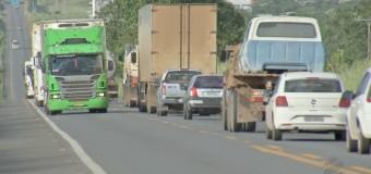 Quadrilha simula acidentes e usa mulheres como 'iscas' para assaltar caminhoneiros na BR-070 em MT