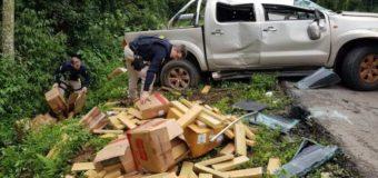 PRF apreende 395 quilos de maconha após veículo clonado e com registro de furto/roubo fugir de fiscalização na BR 101, em Joinville