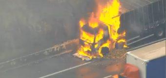 Caminhão pega fogo e interdita faixas do Rodoanel na Grande SP