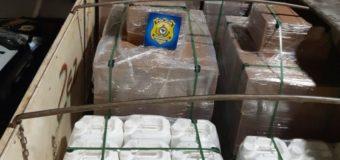 PRF apreende carreta com agrotóxicos falsificados em Araxá