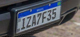 Contran altera novamente as regras para implantação das novas placas de veículos