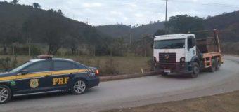PRF recupera veículo roubado que prestava serviços ao departamento de limpeza urbana de Juiz de Fora