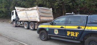 PRF flagra veículo que transportava quase 14 toneladas de excesso de peso sem nota fiscal