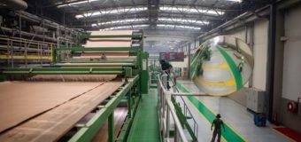 Produção sobe, e indústria reduz excesso de estoques em agosto, diz CNI