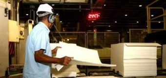 Faturamento da indústria sobe 0,6% em agosto, na terceira alta seguida