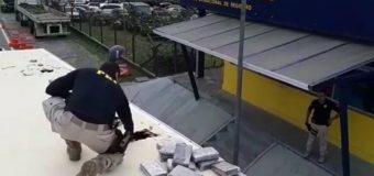 PRF e PF fazem grande apreensão de cocaína em Registro/SP